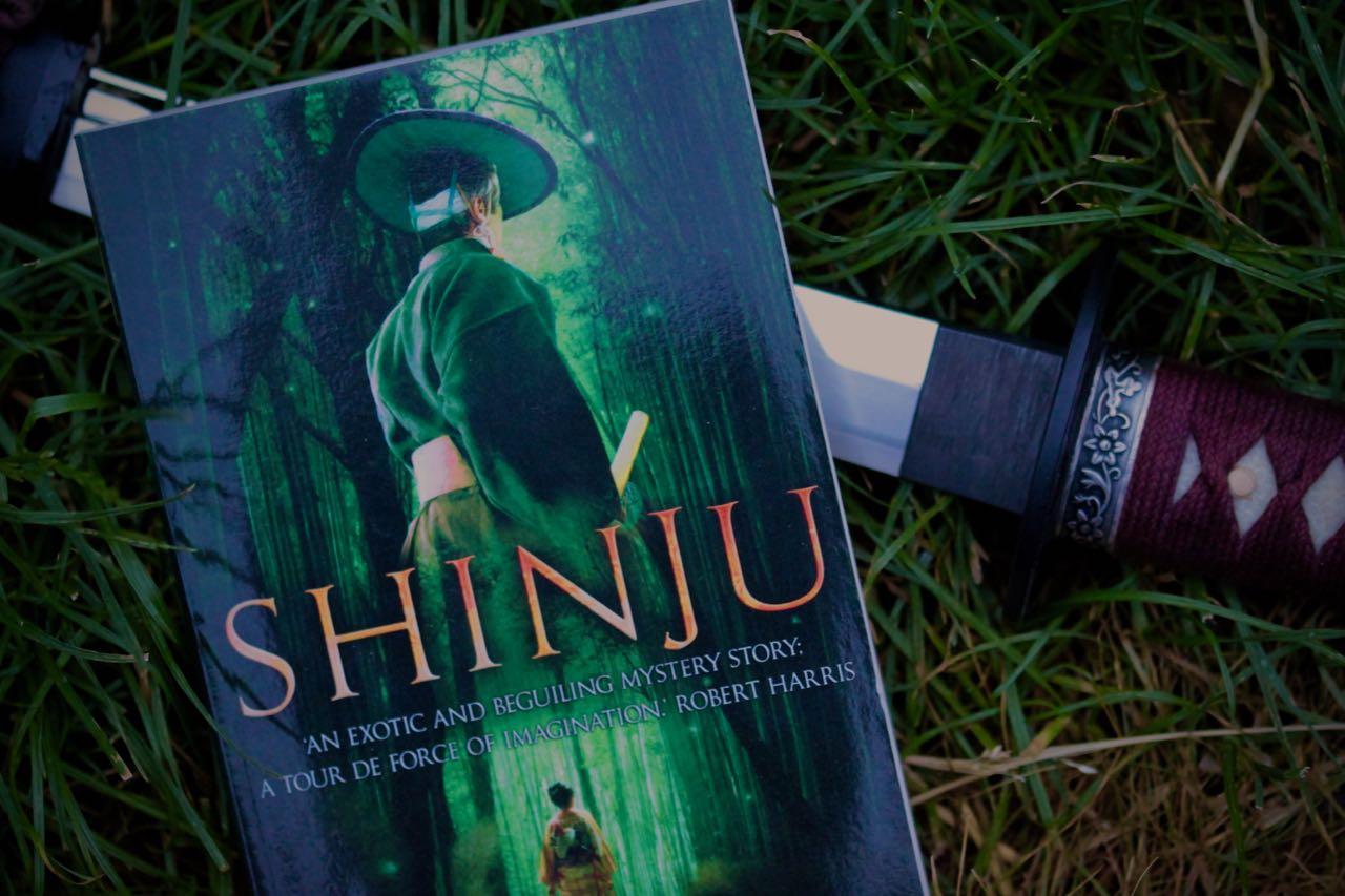 Läst: Shinju – Laura Joh Rowland